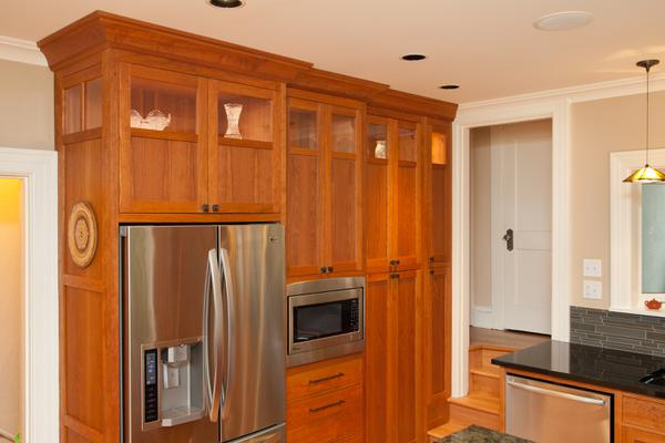 Detail: Stepped Kitchen Cabinets